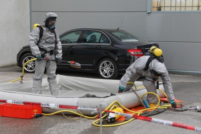 Großeinsatz bei Gefahrstoffaustritt in Traun | Foto: laumat.at/Matthias Lauber