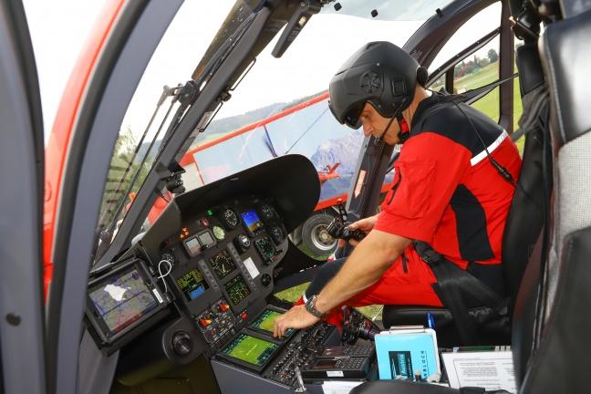 Notarzthubschrauber Martin 3 startet seit wenigen Tagen mit modernster Technik zu den Einsätzen | Foto: laumat.at/Matthias Lauber