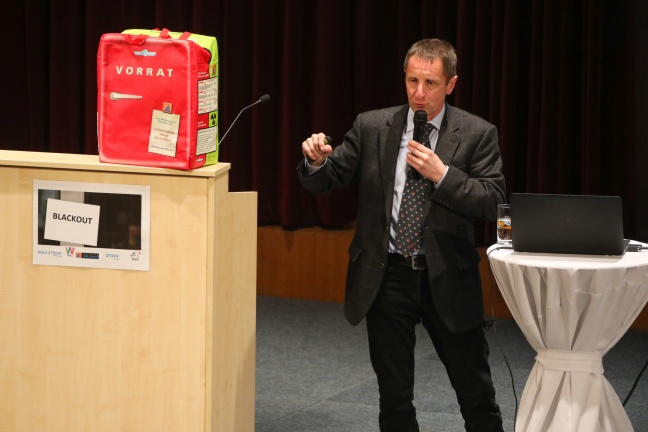 "Informationsveranstaltung ""Blackout"" in der Welser Stadthalle | Foto: laumat.at/Matthias Lauber"