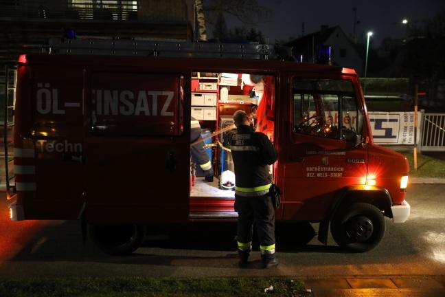 Verletzte Ente von der Feuerwehr aus der Traun gerettet | Foto: laumat.at/Matthias Lauber