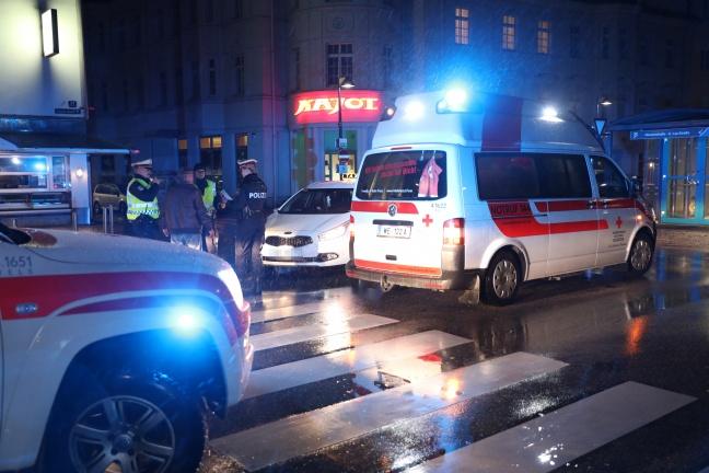 Fußgänger in Wels-Innenstadt von Taxi erfasst und schwer verletzt | Foto: laumat.at/Matthias Lauber
