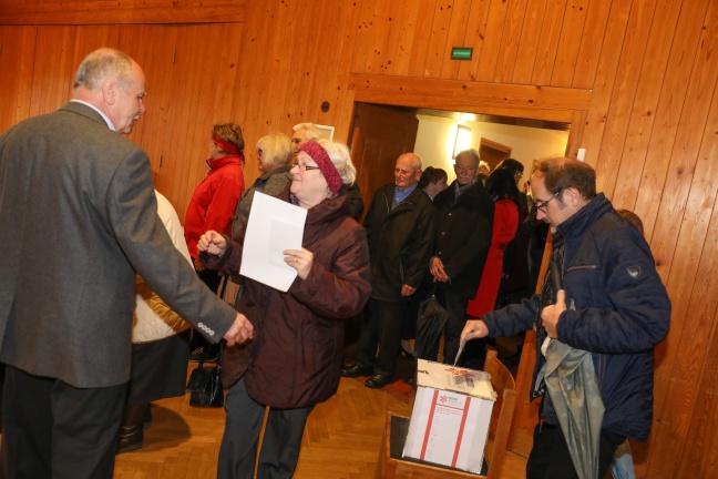 Katholikinnen und Katholiken wählen in den österreichischen Pfarren ihre neuen Pfarrgemeinderäte | Foto: laumat.at/Matthias Lauber