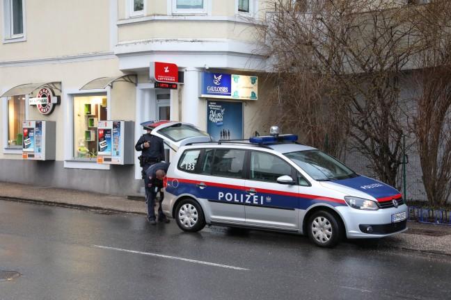 Weitere Fahndungsfotos nach Raubüberfall auf Trafik in Schwanenstadt veröffentlicht | Foto: laumat.at/Matthias Lauber