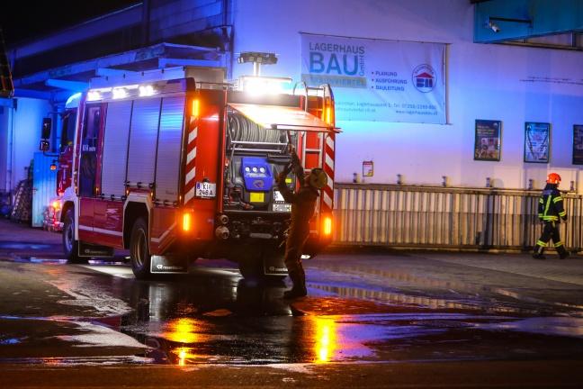 Fünf Feuerwehren bei Brand in Grünburg im Einsatz | Foto: laumat.at/Matthias Lauber