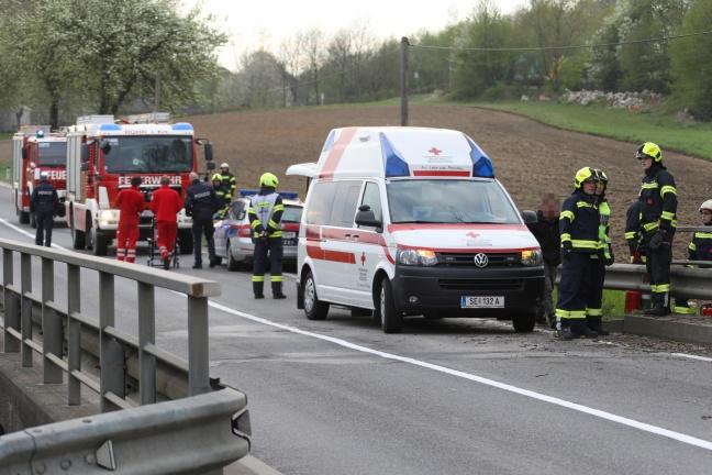 Schwerer Verkehrsunfall in Rohr im Kremstal fordert einen Verletzten | Foto: laumat.at/Matthias Lauber