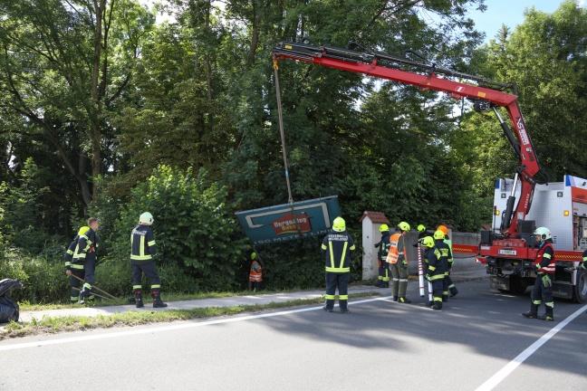 Vier Verletzte bei Verkehrsunfall auf der Pyhrnpass Straße in Kirchdorf an der Krems | Foto: laumat.at/Matthias Lauber