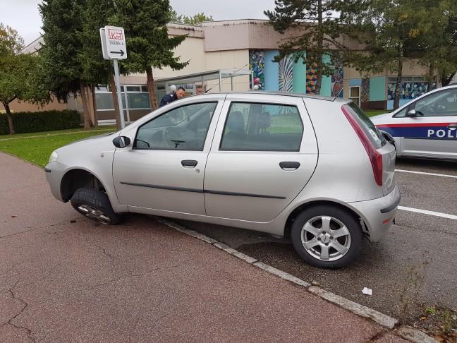 parkendes auto beschädigt fahrerflucht