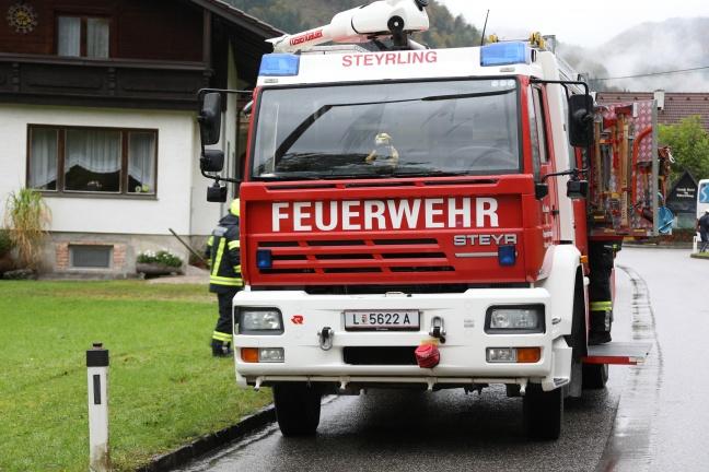 Verkehrsunfall zwischen PKW und Bus in Klaus an der Pyhrnbahn fordert zwei Leichtverletzte | Foto: laumat.at/Matthias Lauber