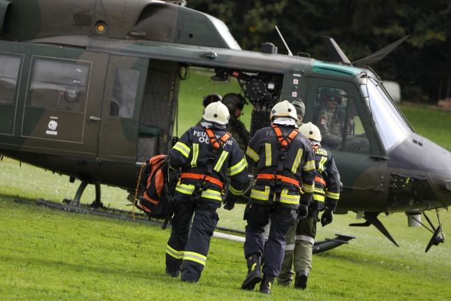 Flughelfer der Feuerwehr trainierten in Scharnstein für den Ernstfall | Foto: laumat.at/Matthias Lauber