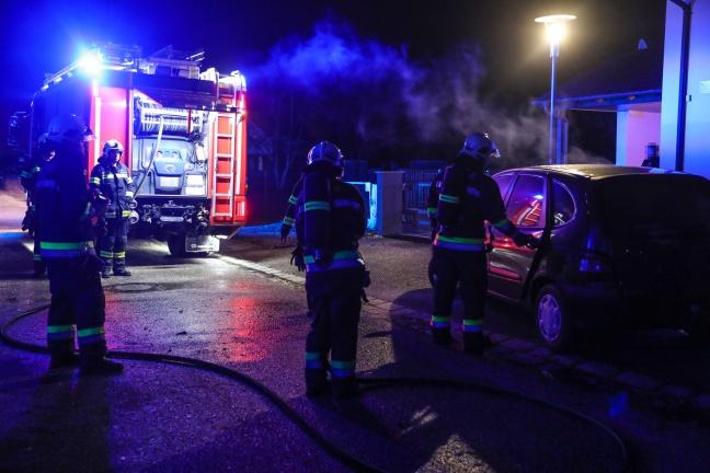 Brand im Innenraum eines Fahrzeuges in Wels-Pernau rasch gelöscht | Foto: laumat.at/Matthias Lauber