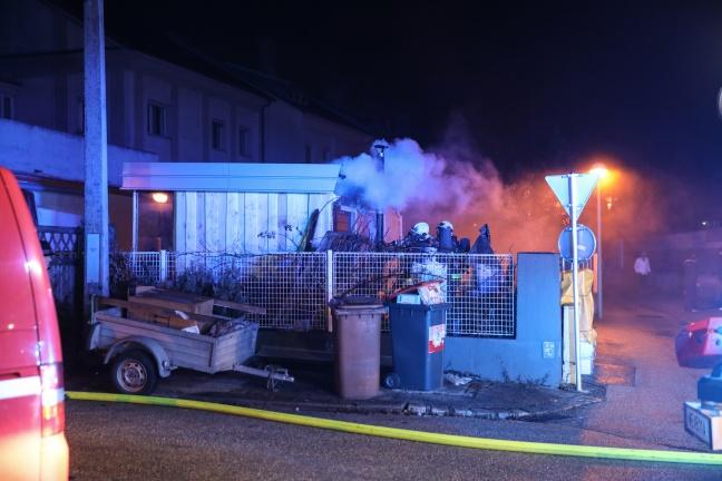 Brand einer Saunahütte in Wels-Lichtenegg | Foto: laumat.at/Matthias Lauber