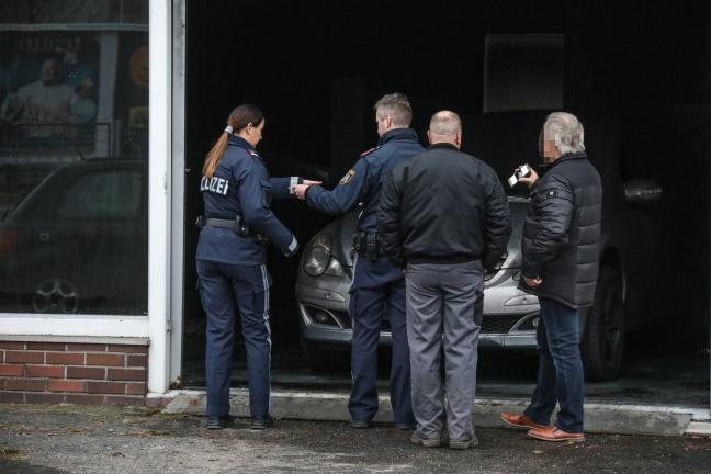 Brand im Schauraum eines Autohauses in Ansfelden | Foto: laumat.at/Matthias Lauber