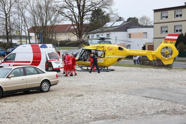 Notarzthubschrauber in Hörsching im Einsatz | Foto: laumat.at/Matthias Lauber