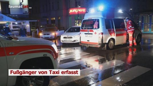 Fußgänger von Taxi erfasst