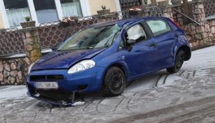 Schwerer Verkehrsunfall auf Hausruckstraße in Ungenach