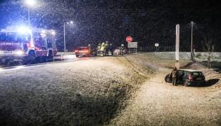Kreuzungscrash in Gunskirchen fordert einen Leichtverletzten