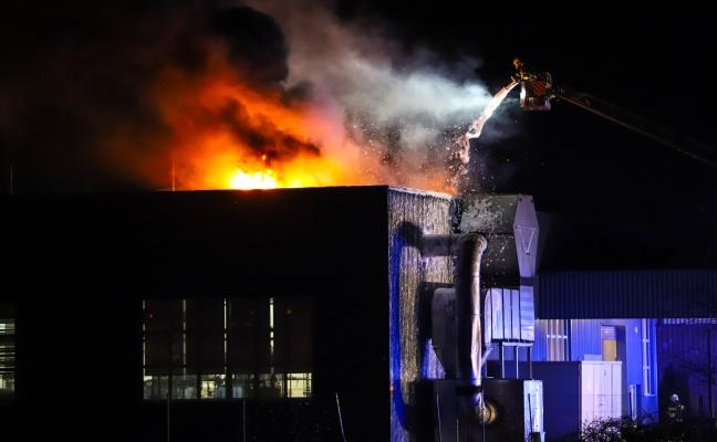 Brand in einem Gewerbebetrieb in Marchtrenk