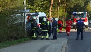 Alkoholisierter PKW-Lenker bei Unfall in Sattledt verletzt