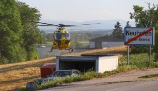 Notarzthubschrauber nach Fahrradsturz in Neuhofen an der Krems im Einsatz
