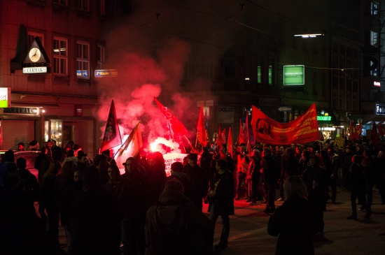 Angespannte Situation wegen Demonstration gegen den Burschenbundball in Linz