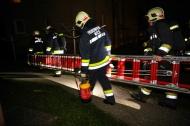 Brandverdacht in der Wohnung eines Mehrparteienhauses in Wels-Neustadt | Fotograf: Matthias Lauber