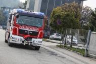 Glosende Isolierung in Industriebetrieb von der Feuerwehr abgel�scht   Fotograf: Matthias Lauber