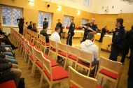 Acht Angeklagte bei Prozess in Wels nach Raub�berf�llen vor Gericht | Fotograf: Matthias Lauber