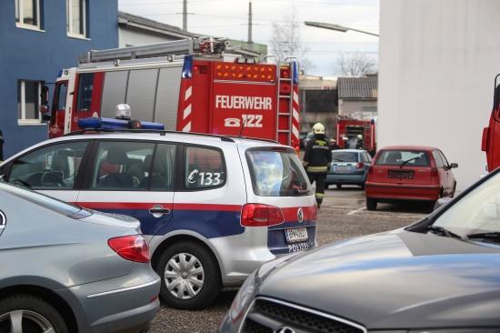 Brandeinsatz in einem Firmengeb�ude in Wels-Vogelweide | Fotograf: Matthias Lauber