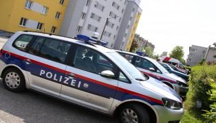 Polizei- und Rettungseinsatz in einer Wohnung in Wels-Neustadt
