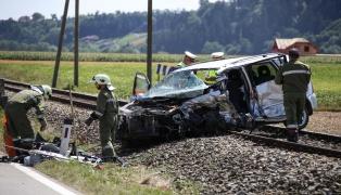 T�dlicher Verkehrsunfall auf der Nibelungen Stra�e in Hartkirchen