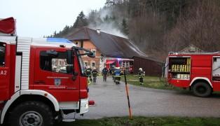 Brand von gelagertem Heu auf Bauernhof in Offenhausen