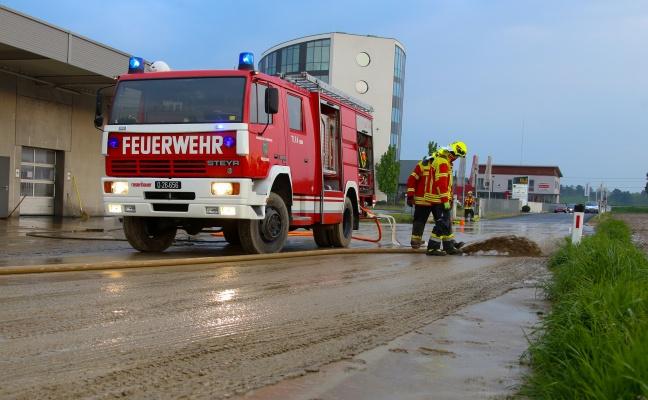 Heftiges Gewitter sorgt f�r gr��ere �berflutung in Pasching