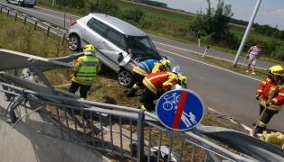 Spektakul�rer Verkehrsunfall in Pasching