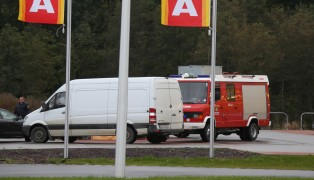 Personenrettung aus Auto nach internem Notfall in Gaspoltshofen