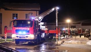 Kurzschluss löste Großbrand bei Textilunternehmen in Enzenkirchen aus