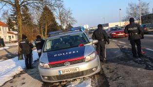 Polizei fahndet nach mehreren Überfällen nach einem Bankräuber