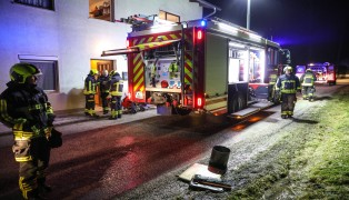 Kleinbrand in einer Küche in Gunskrichen durch geborstene Wasserleitung nahezu erloschen