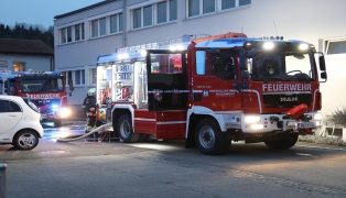 Brand in einem Gewerbebetrieb in Wels-Pernau