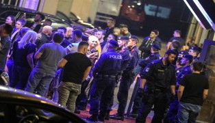 Schließung einer Disco nach Kontrolle sorgt für Großeinsatz der Polizei