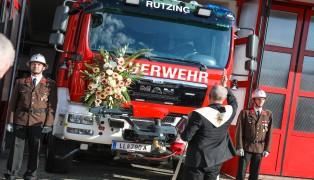 Neues Rüstlöschfahrzeug der Feuerwehr Rutzing feierlich gesegnet