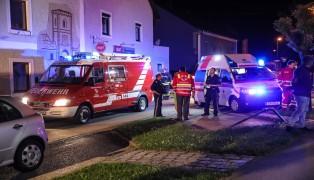 19 Personen nach Glimmbrand in einem Lüftungsschacht eines Wohnhauses in Eferding betreut