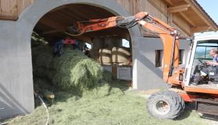 Rauchentwicklung im Heustock eines Bauernhofes in Waldneukirchen