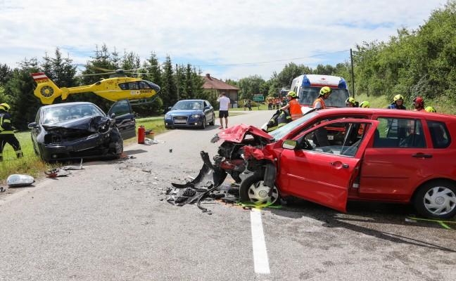 Schwerer Verkehrsunfall auf der Sattledter Straße in Fischlham