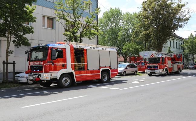 Brand eines Backrohrs in der Küche eines Mehrparteienwohnhauses in Wels-Innenstadt
