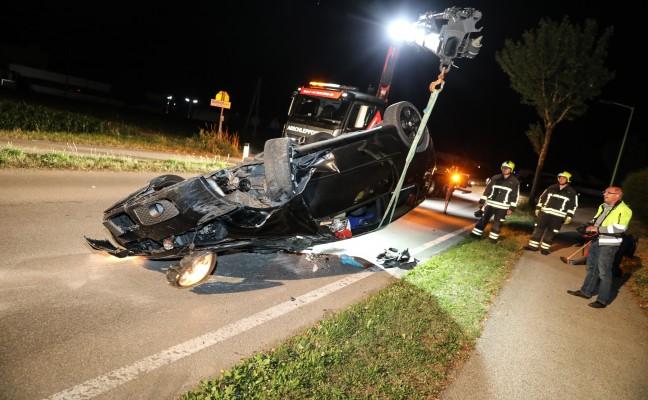 Autolenker bei Fahrzeugüberschlag in Gunskirchen verletzt