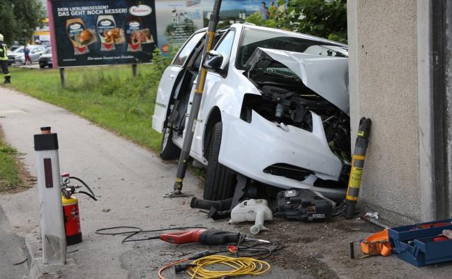 Vier Verletzte bei Verkehrsunfall auf der Pyhrnpass Straße in Kirchdorf an der Krems