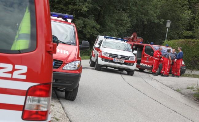 Höhenretter der Feuerwehr bei Personenrettung in Altmünster im Einsatz