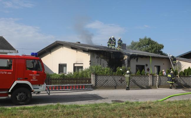 Brand eines Wohnhauses in Buchkirchen