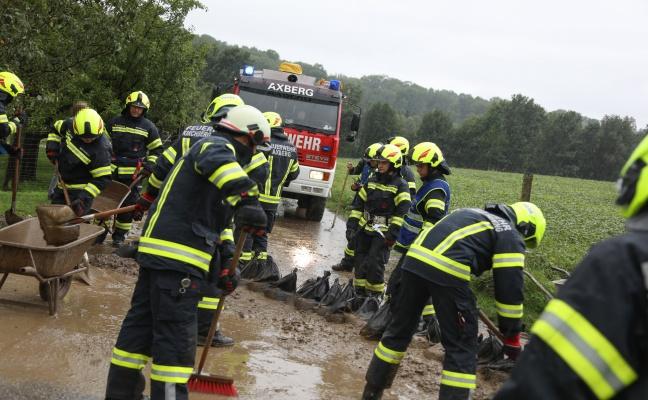 Überflutungs- und Sturmschadeneinsätze nach heftigen Gewittern über Oberösterreich