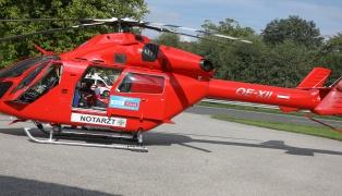 Notarzthubschrauber bei schwererer Verbrühung eines Kindes in Sattledt im Einsatz
